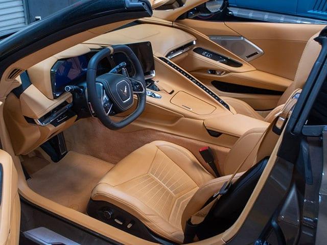 2020 c8 corvette bornze interior 1
